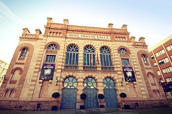 350px-Gran_Teatro_Falla
