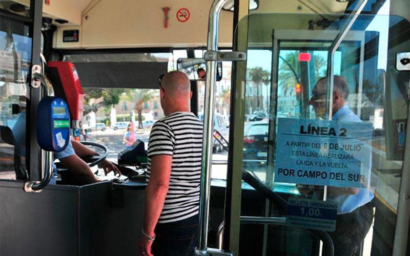 autobusurbanocadjul12linea2dentro-eu