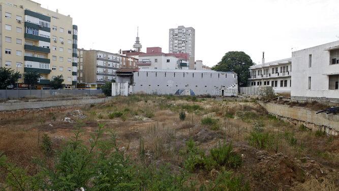 Imagen-pabellon-polideportivo-Fernando-Portillo_1249385275_85232454_667x375